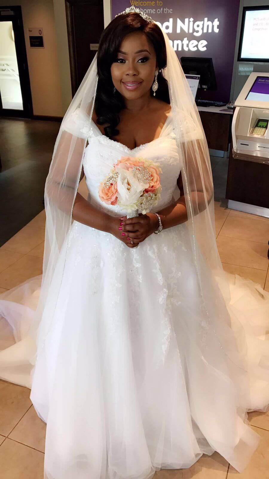 Real bride Victoria in St Patrick Bridal Argel