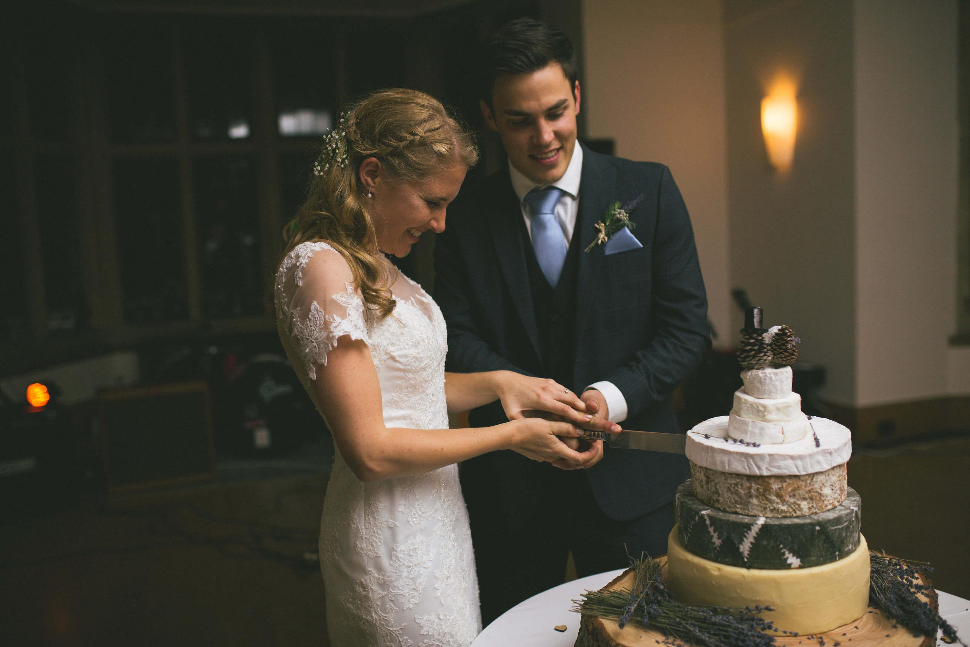Real bride Katherine in Amanda Wyatt