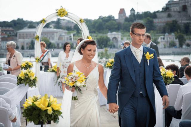 Real Bride Aliz in Enzoani Harmony