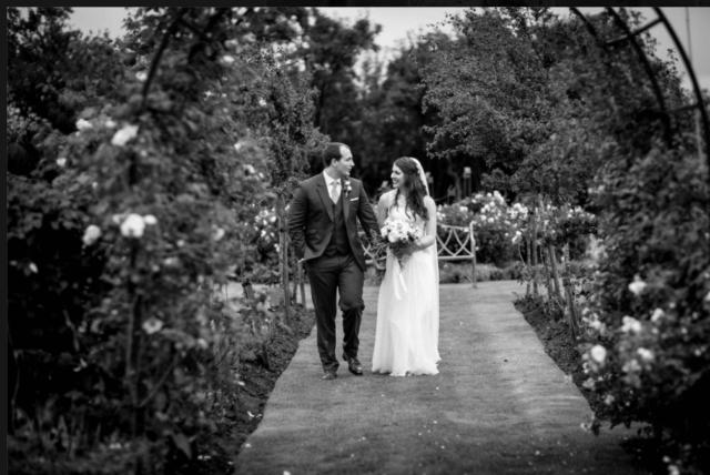 Real bride Julie in Amanda Wyatt