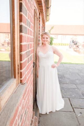 Real Bride Amanda in Amanda Wyatt