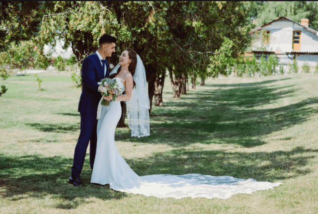 Real Bride Adriana in Enzoani