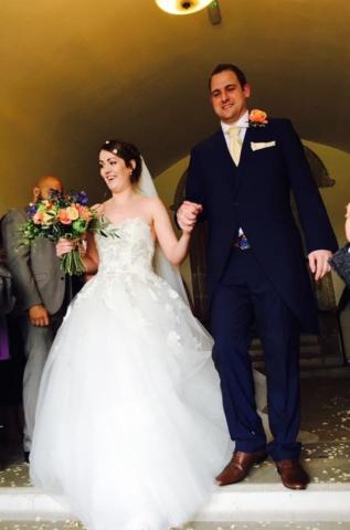Real bride Thea in Enzoani Kristiana